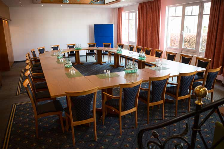 Landhotel-Gillenfelder-Hof-Tagungsraum-3